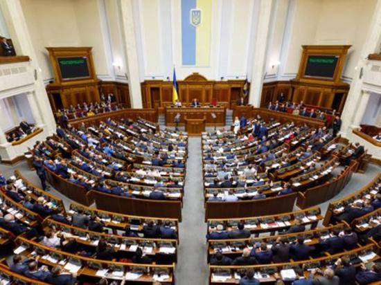 В Раде призвали Порошенко объявить России войну