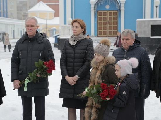 Не успев разойтись, ульяновский губернатор снова женился