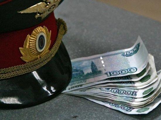 Чувашские полицейские-взяточники заплатят 2,8 млн рублей штрафа на двоих