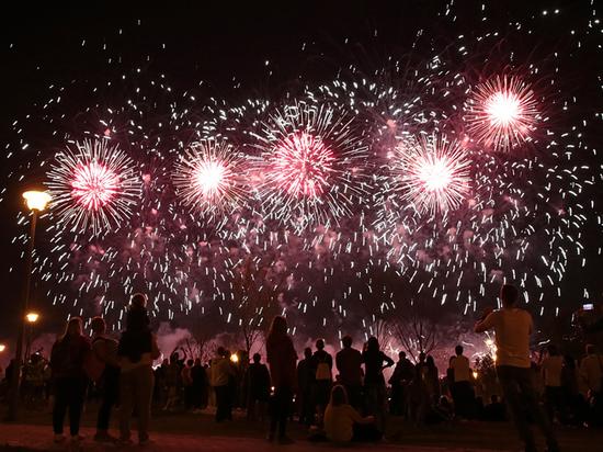 Опубликован список мест, где можно посмотреть салют в новогоднюю ночь