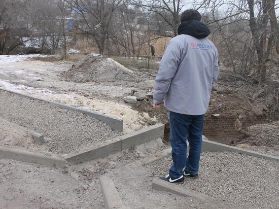 Активисты ОНФ в Калмыкии выявили дефекты новой дороги