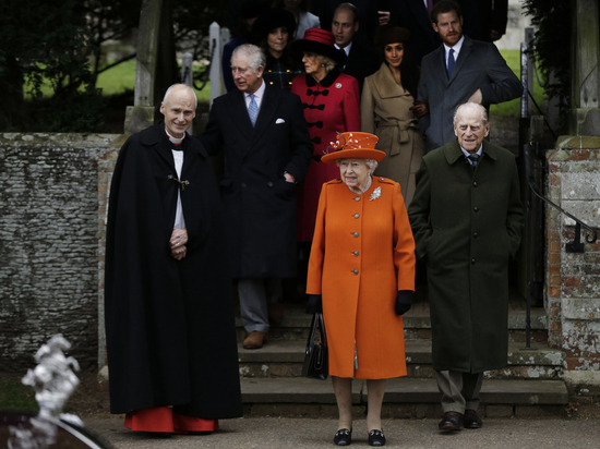 Порноколлекция британской королевской семьи