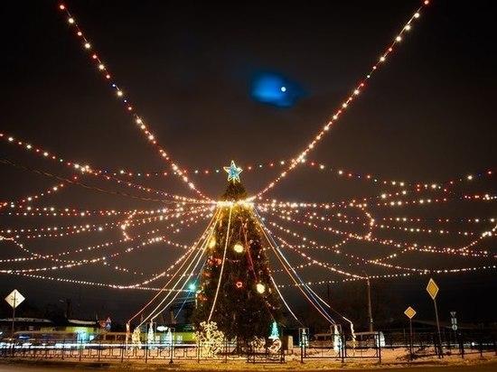 Завтра в Астрахани пройдет торжественное открытие главной городской елки