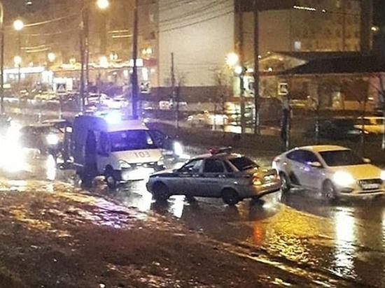 В Краснодаре две иномарки насмерть сбили одного пешехода