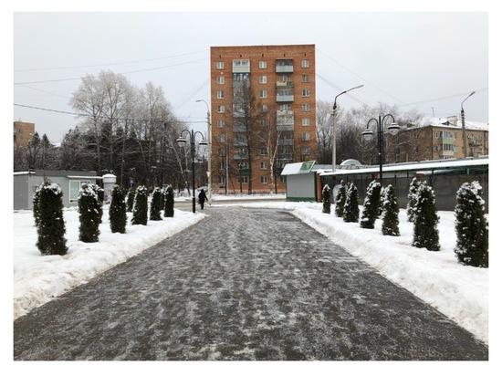 На улицах Серпухова оперативно ликвидируют последствия снегопадов