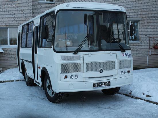 Новый автобус пополнил автопарк психоневрологического интерната в Кирилловском районе
