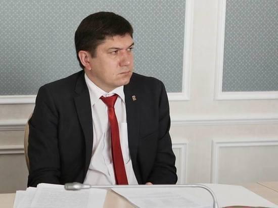 Павла Дегтяря оставили под домашним арестом, разрешив выходить из дома