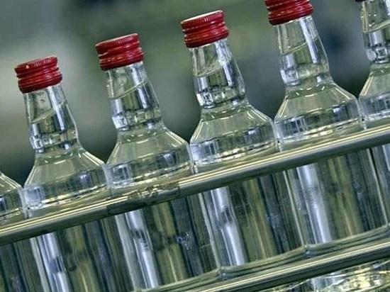 Более 100 тыс. литров фальшивого алкоголя изъяли в Приангарье