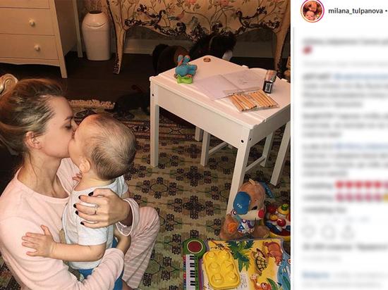 Кержаков засомневался в материнских чувствах супруги к сыну: показуха