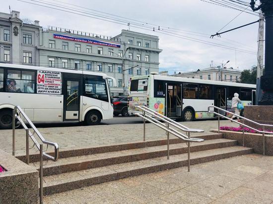 В омских маршрутках вслед за автобусами повысят стоимость проезда