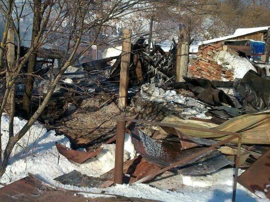 В Первомайском районе при разборе развалов сгоревшего дома обнаружены человеческие останки
