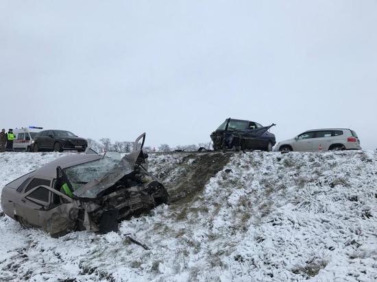 Два человека погибли в  аварии в Кавказском районе