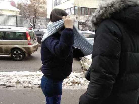 Суд продлил меру пресечения младшей из сестёр Хачатурян