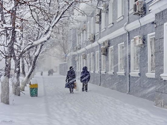 Погода против администрации: снежно и метель