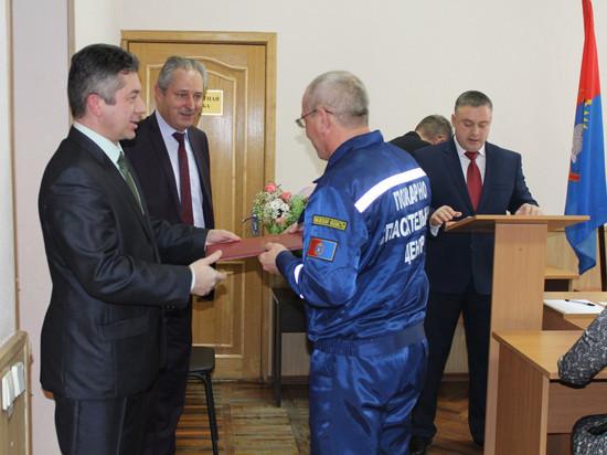 Тамбовские спасатели получили награды за мужество