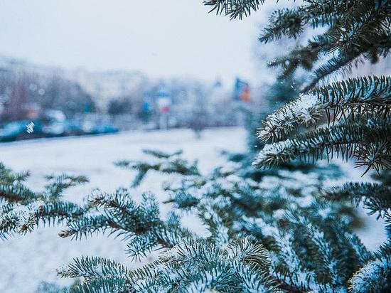 В Астрахани пошел снег