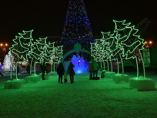 Ледовый городок на Театральной площади официально открыт