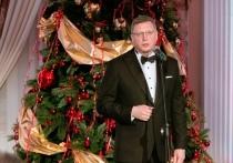 Бурков пошил смокинг у омских дизайнеров