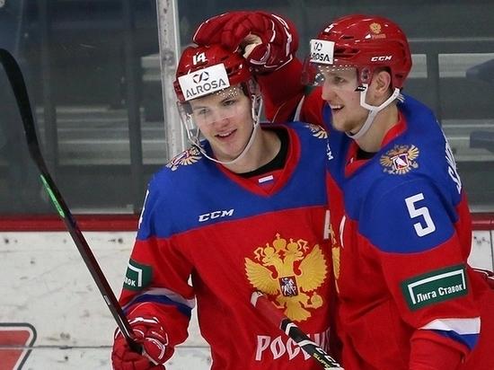 Виталий Кравцов открыл счет шайбам сборной России на молодежном чемпионате мира в Ванкувере