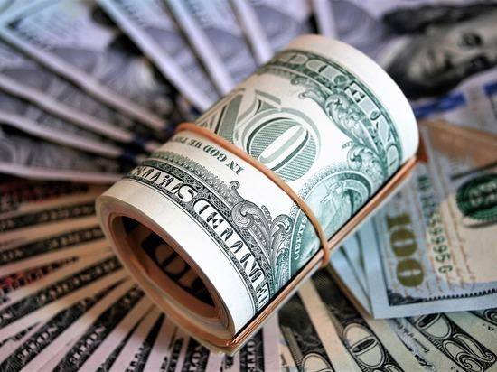 Предсказывали доллар по 100 рублей
