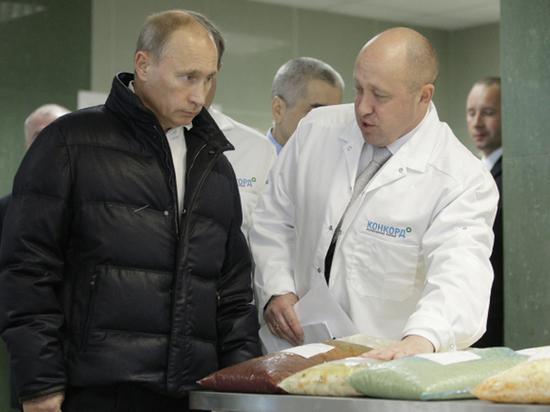 Новогодняя вечеринка состоялась в Кремле вечером 27 декабря
