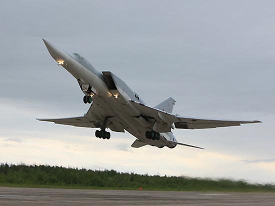 Командующий Дальней авиацией рассказал о новых возможностях Ту-22М3М