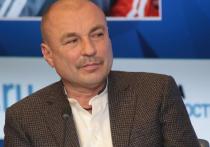 Тренер по фигурному катанию Александр Жулин выступил против выступлений юных фигуристок на взрослом уровне