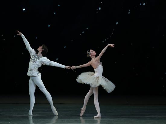 В «бриллиантовой» оправе: балеты разных эпох в исполнении Мариинки в Баден-Бадене