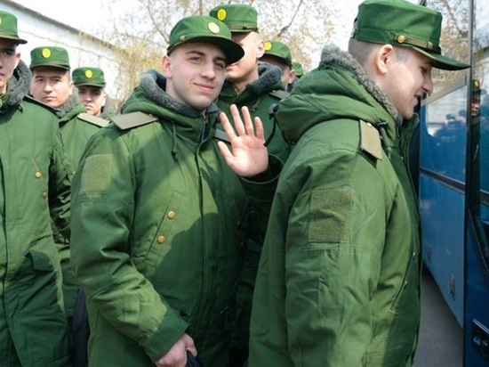 В 2018 году из Краснодарского края отправились служить свыше 12 тысяч призывников