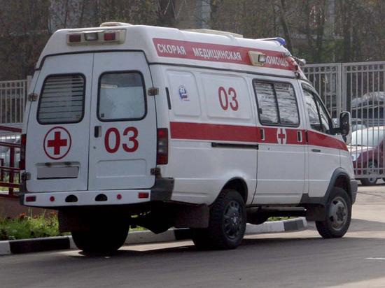 Жительница Петербурга выкинула любовника с пятого этажа