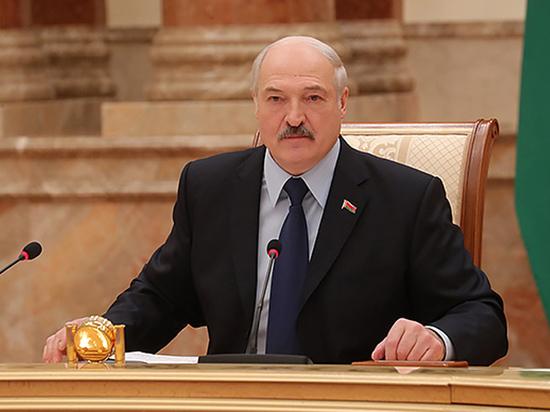 Перед встречей с Путиным политолог предрек Лукашенко судьбу Януковича