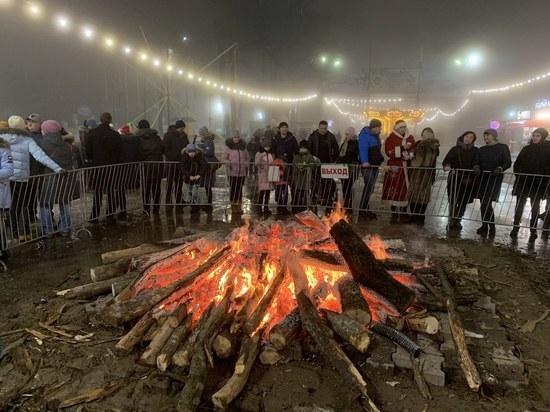 Ставропольцы «зажгли» в парке Победы в Новый год