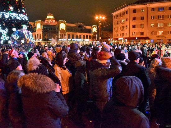 7 тысяч псковичей встретили Новый год у главной городской ёлки
