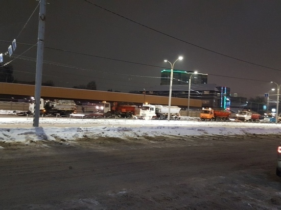 В новогоднюю ночь дорожники Иваново делали вид, что чистят дороги