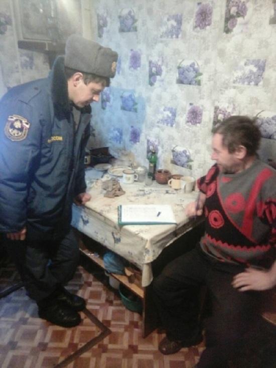 В Комсомольском районе МЧС  проводит подомовые обходы
