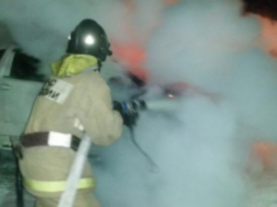 В Смоленске а Мичурина горел автомобиль