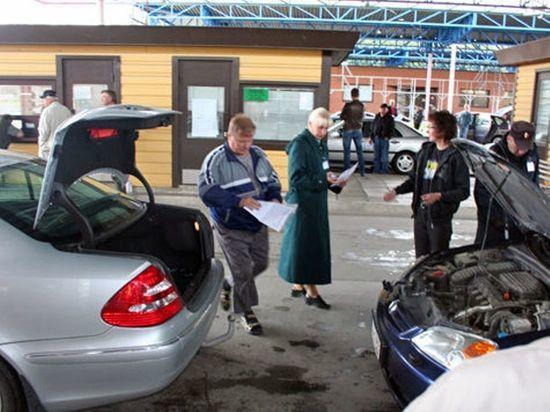 Россия облегчила провоз через границу лизинговых автомобилей