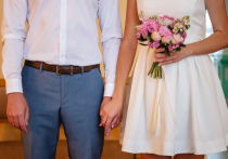 Красивые даты для свадеб астраханцы разбирают заранее