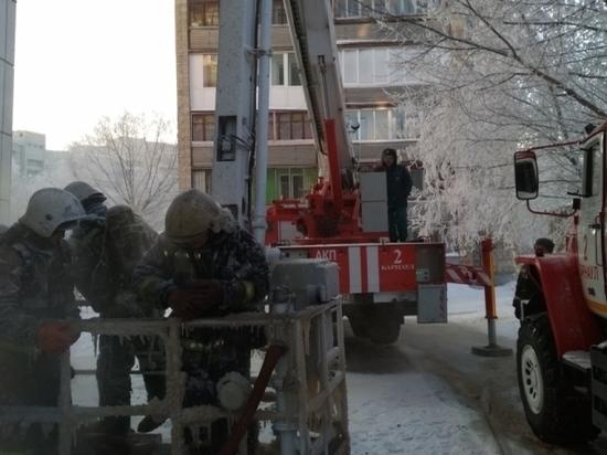 Квартира сгорела на улице Малахова в Барнауле, есть пострадавшие