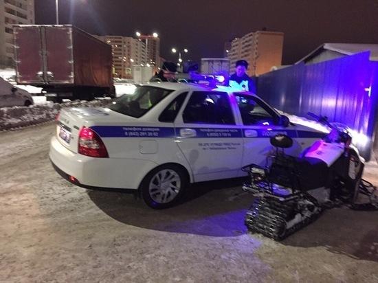 Нетрезвый водитель снегохода в Автограде столкнулся с машиной ДПС