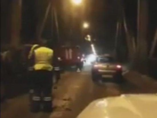 Ульяновский водитель врезался в опору Императорского моста