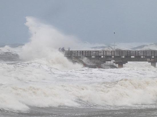 Эксперты: почему ураган  обрушил променады