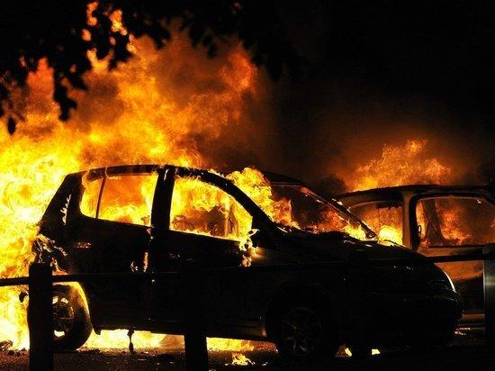 В Тамбовской области сгорел автомобиль