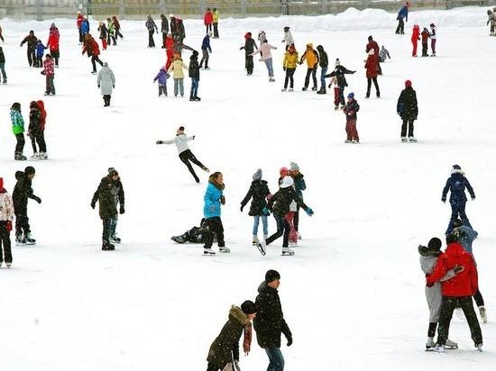 Ледовые площадки Твери и области работают все праздники