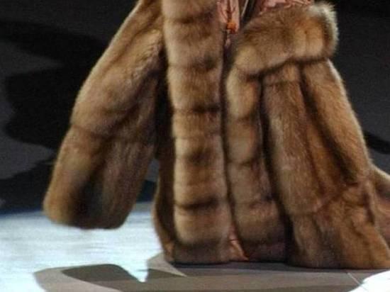 Москвичи стали реже покупать дорогие шубы