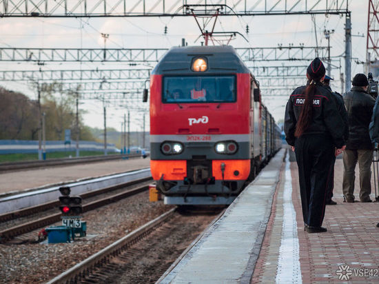 Поезд сбил насмерть кузбасскую пенсионерку