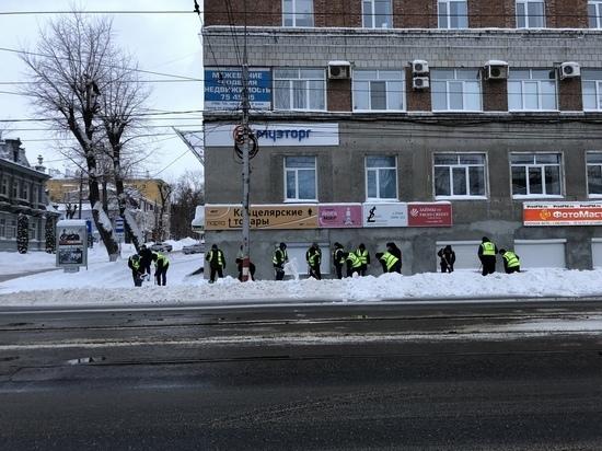 Ульяновск борется с последствиями снегопада