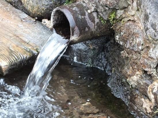 Воронежские санврачи проверили воду в крещенских купелях и родниках