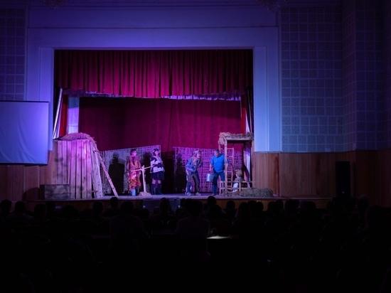 Русский театр драмы и комедии возобновляет свою работу в Элисте