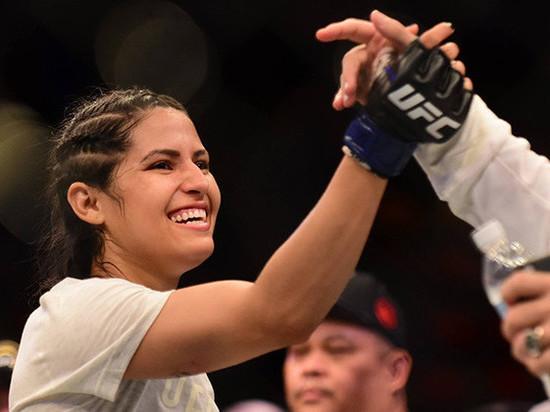 Девушка-боец UFC расквасила лицо вооружённому грабителю